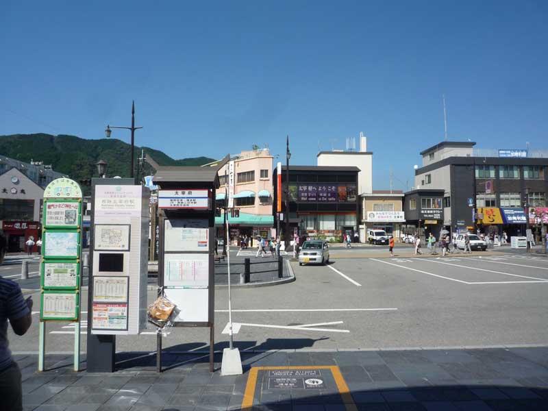 太宰府駅前のロータリー