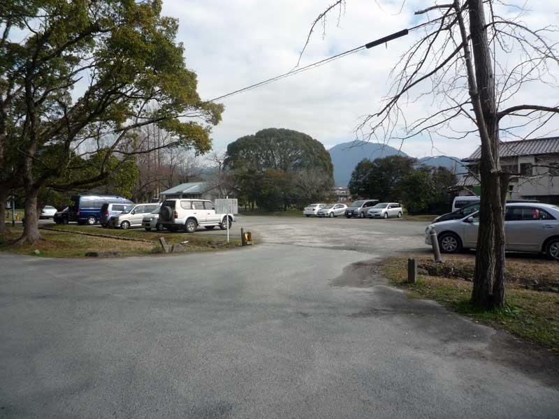 太宰府の観世音寺 駐車場